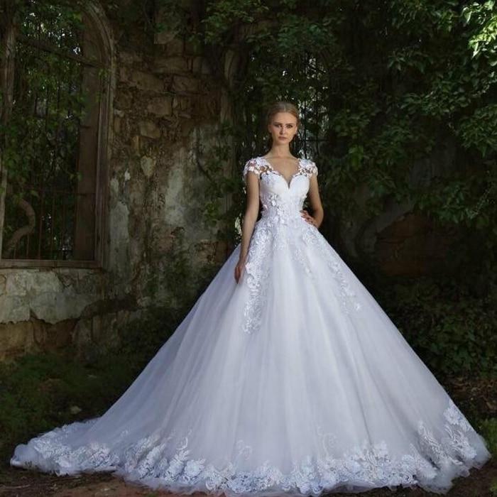Robe blanche de mariage 2017 for Noms de style de robe de mariage