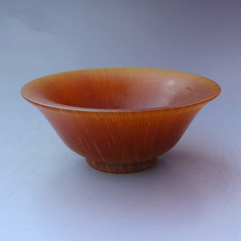 Chinese antique collection of exquisite carved ox horn craft gift bowl.