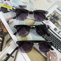 Caliente de la Manera de La Alta Calidad Media Del Metal Gafas de Sol Hombres Mujeres Diseñador de la Marca Gafas de Espejo Gafas de Sol de Moda UV400 Classic