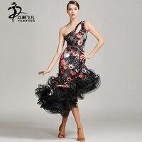 Sexy mouwloze fluwelen bloemmotief Latin dans jurk vrouwen dans kostuums prestaties jurk grote visgraat rok
