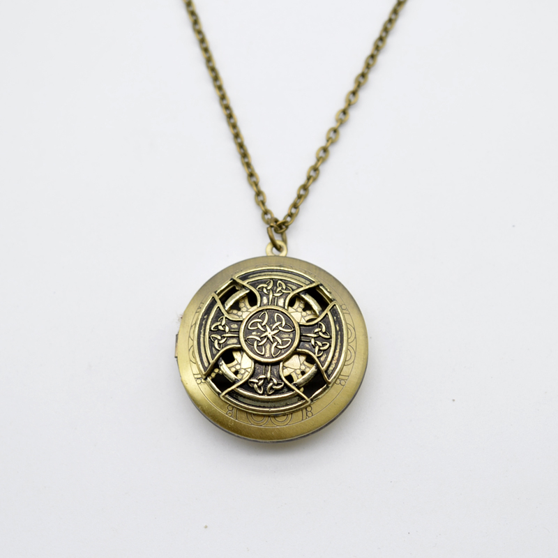 1pcs Celtics Perfume Lockets Pendant Antiques