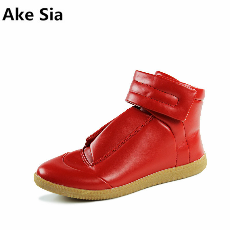 Ake Sia 2018 High-quality new autumn and winter men's shoes men's fashion casual shoes British style high to help men shoes high tech and fashion electric product shell plastic mold