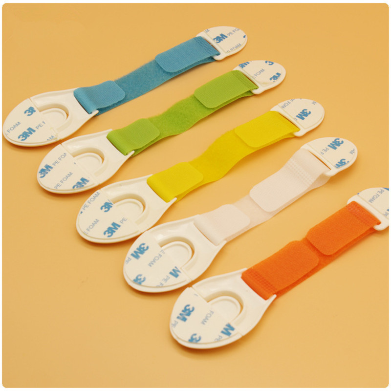 Sale 10 Pcs/Lot The New Hot High Quality Candy Colors Multi Function Baby Safety Products/Safety Lock Atrq0668