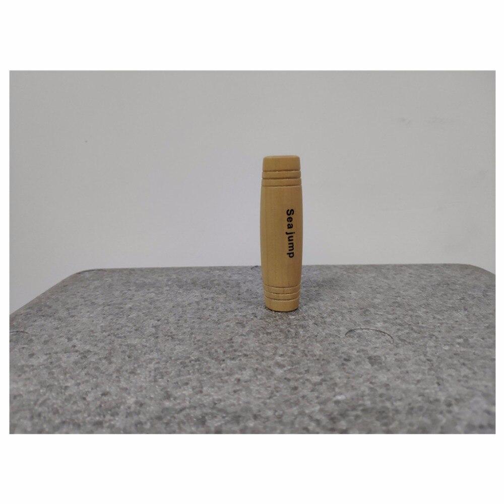 Saut de mer bureau culbutant bureau décompression artefact bout du doigt jouet bois bâton décompression bar jouets éducatifs