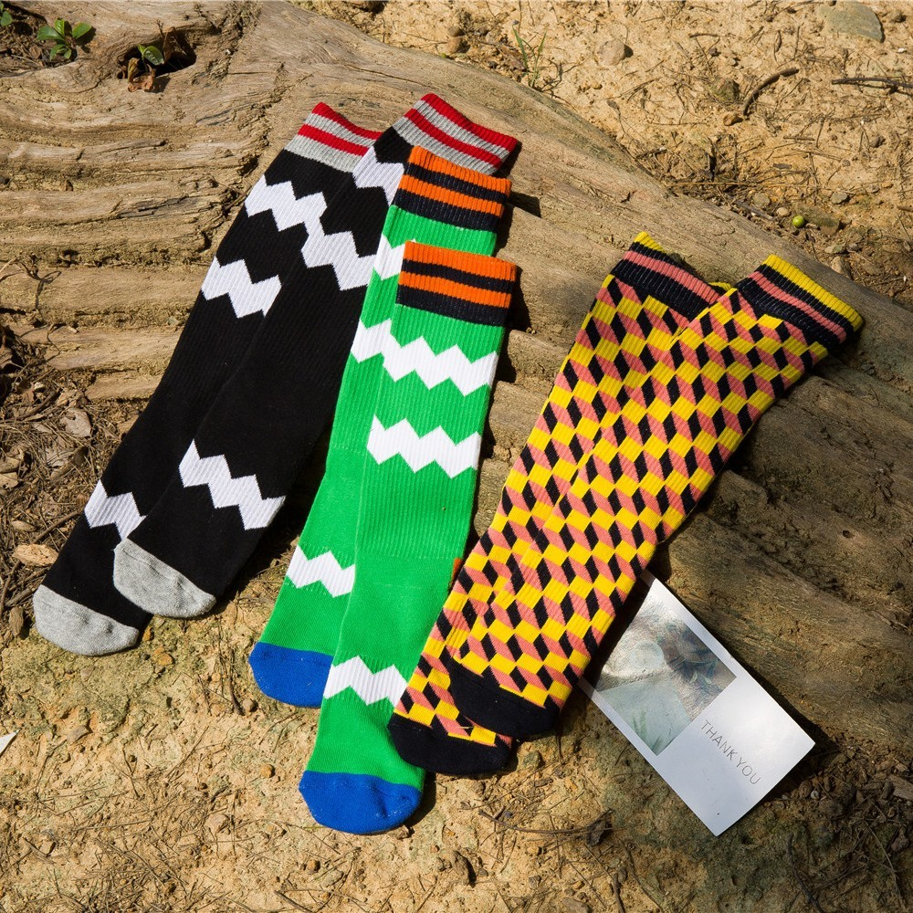 PEONFLY fashion colorful cotton men patterns happy funny novelty male creative long socks autumn winter