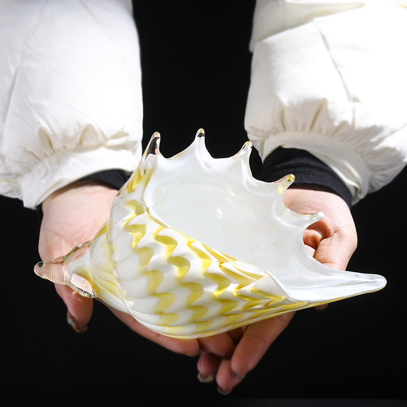 H D Hand Blown Glass Conch Seashell Beautiful Home Office Table Decor Handmade Glass Art For