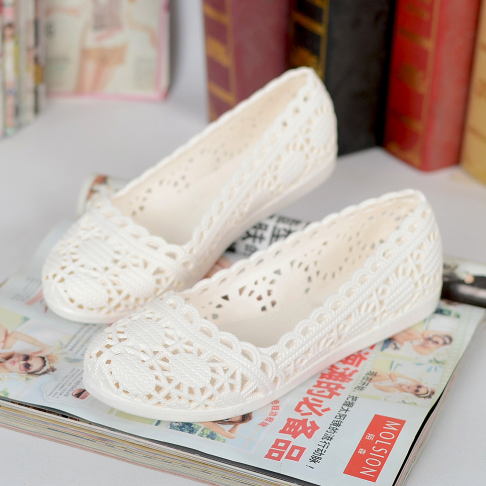 Islike New Plastic Sandals Women Sandales Pvc Hollow Hole Wedges Flat Lady Jelly Shoes Sepatu Sendal Wanita 2018 Summer Soft Woman Flats Gladiator Casual Nest Platform Plus