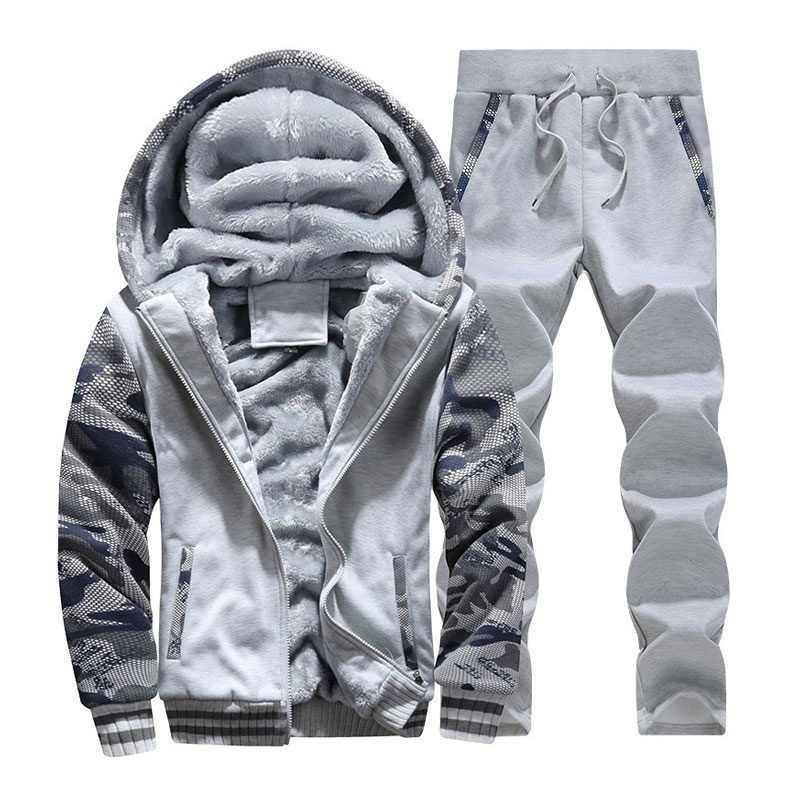 冬のメンズフード付きコート 2019 厚い暖かいジャケットパーカー男性ウインドブレーカー二枚のコート + パンツカジュアル迷彩トラックパーカー