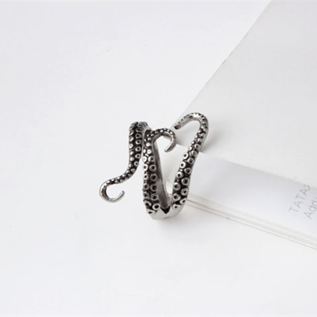 DoreenBeads Fashion Men Rings Silver Color Color Alloy Steel Vintage Octopus Style 3