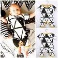 2016 Infantil Del Bebé Todder Triángulo Patrón Geométrico Impreso Mameluco Playsuits 0-24 M