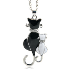 Cute Double Kitty Design pendant necklace Fashion Women Charming Alloy Chain Necklace Sweater Necklace(China)