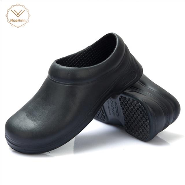 ahorrar 5a450 4a8c4 Nuevas zapatillas de trabajo de Chef de cocina para Hombre Zapatos de  jardín de verano transpirables playa plana con zapatos zuecos de mulas  hombres ...