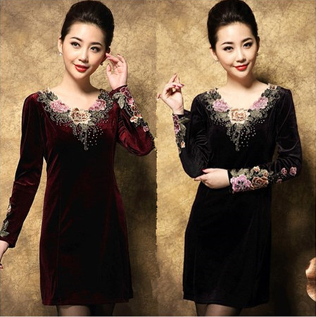 Middle-aged and old ladies in gold velvet dress plus size relaxed slim slim  fit long sleeve mother dress 8a87ef7b59ac