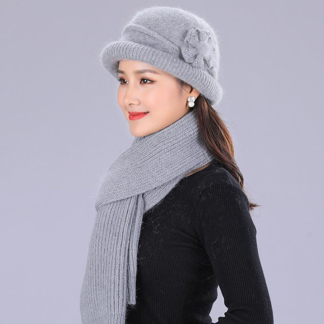 BING YUAN HAO XUAN Flower Knitted Hat Female Solid color Scarf and Hats  Womens Winter Thick 10de6f2e518d
