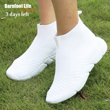 2017High Elastic Material Women Men Shoes Soft Well Breathable Comfort Sneakers Female Male White Footwears Walking Jogging Shoe