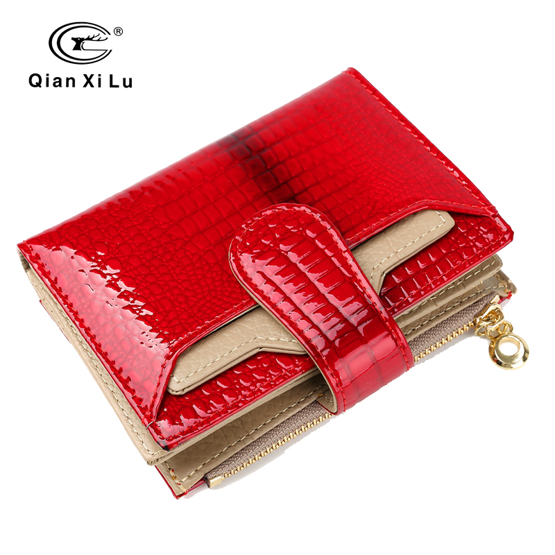 цена Fashion Leather Women Wallets Short Coin Purse Small Wallet Coin Pocket Real Patent Leather Card Holder Pocket Wallet for Female