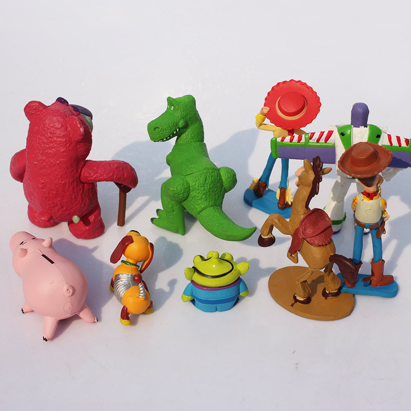Envío Gratis Toy Story 3 Buzz Lightyear con ala PVC figura de acción  juguete para niños 56d4ac3c67e
