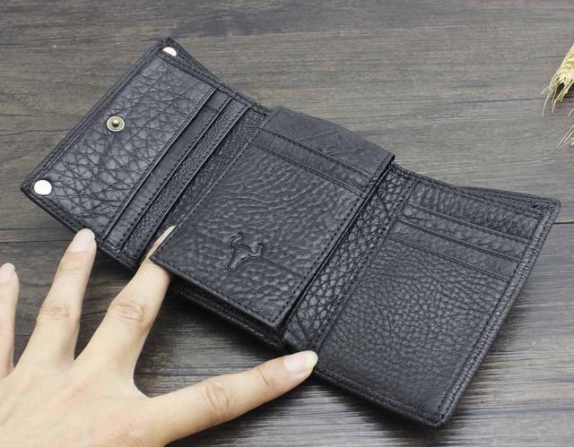 Trifold Wallet w/ Metal Chain  2