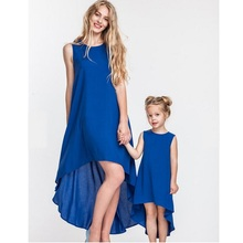 купить Irregular Mother Daughter Dress Family Matching Outfits Look Mommy and Me Clothes Mom Mama Mum and Daughter Dresses Clothing WT по цене 461.33 рублей