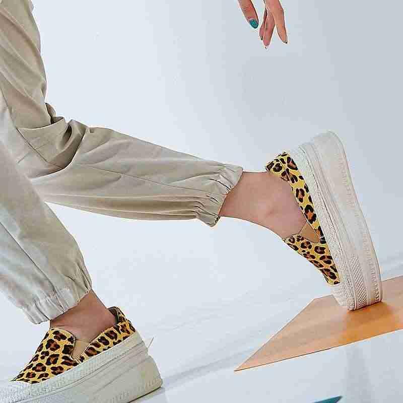 Krazing Pot paardenhaar luipaard prints wiggen platform ronde neus luxe Europese luie stijl loafers slip op gevulkaniseerd schoenen L88