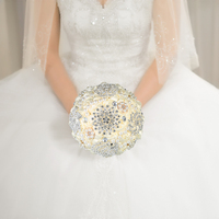 Handmade Wedding Brooch Diamond Bridal Wedding Bouquet Satin Rose Flower with Rhinestone Artificial Pearls Wedding Supplies