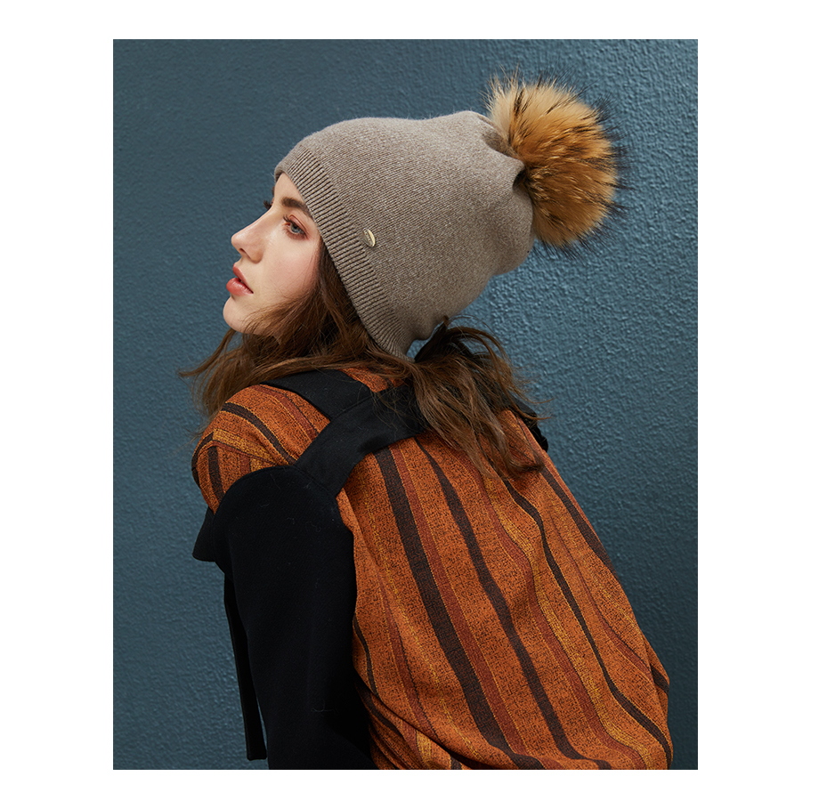 Autumn Winter Beanies Hat For Women Knitted Wool Skullies Casual Cap With Real Raccoon Fox Fur Pompom Solid Colors Ski Beanie (6)