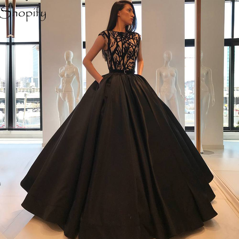 Long Women   Evening     Dresses   2018 Ball Gown Scoop Neck Top Embroidery Lebanon Arabic Black Formal Gowns