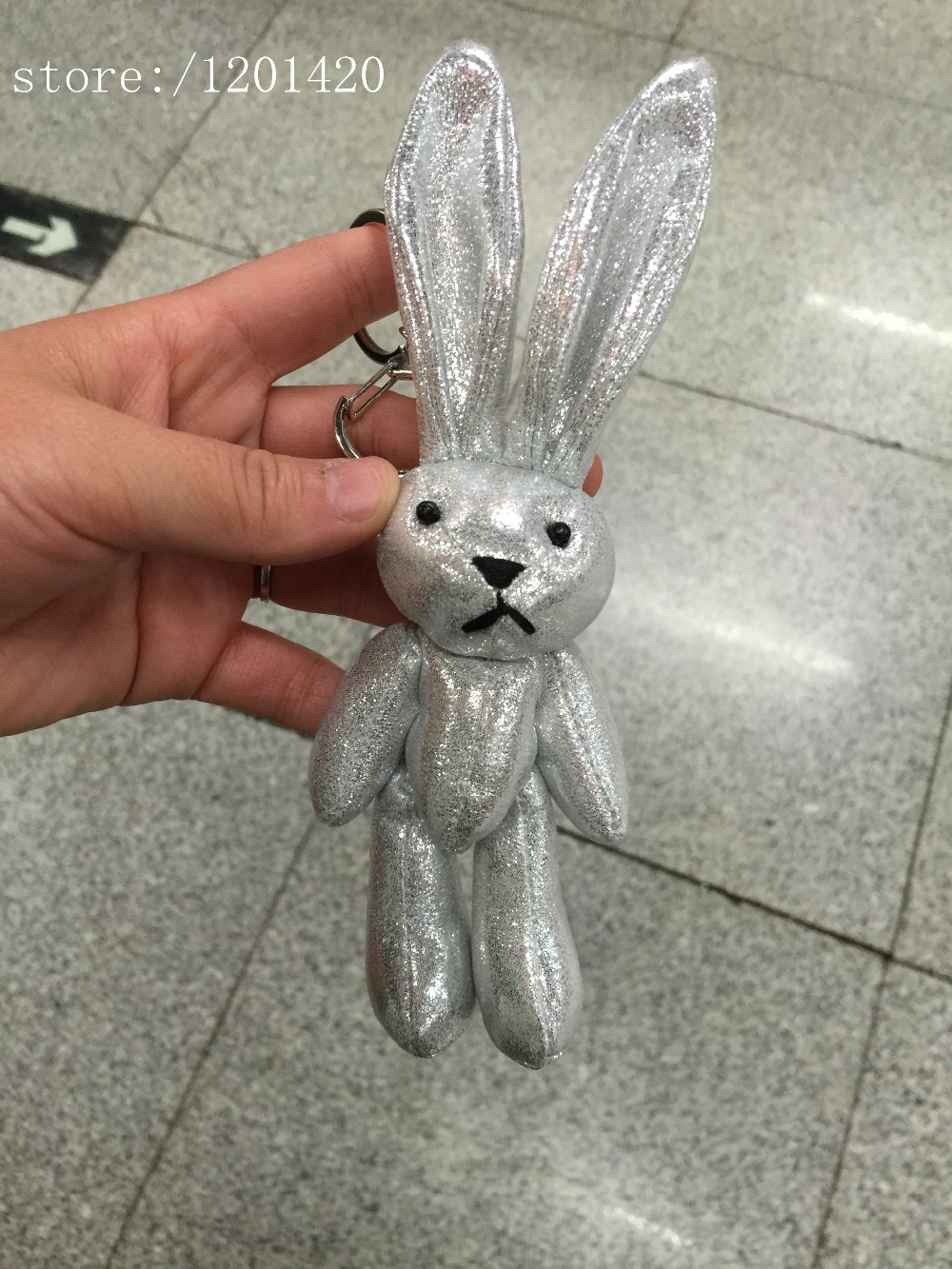 Bling Color Rabbit Shaped Doll Key Chain Car Key Ring Bunny Woman  Accessories Hand bag Charm Tote Shoulder Wallet Purse Charm-in Key Chains  from Jewelry ... eeaee4d59b65