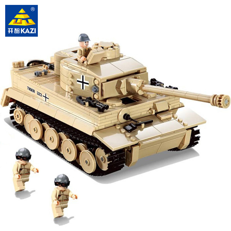 цена на 995pcs LegoING Military Building Blocks Sets WW2 German King Tiger Tank Army Soldiers Model Bricks Educational Toys for Children
