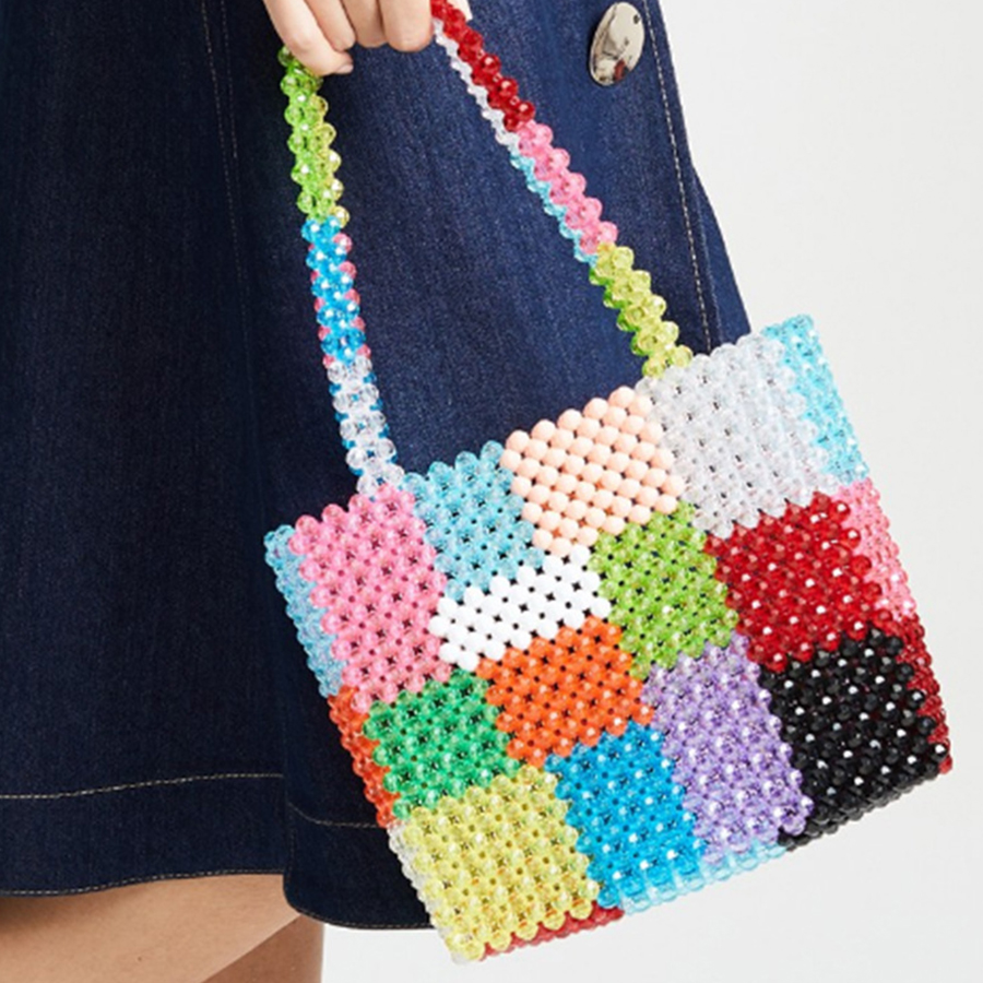 цена на Candy Color Handmade Woven Pearls Bags for Women Handbags Beading Bags Totes Brands Cherry Beaded Evening Party Bag Bolsa Chic