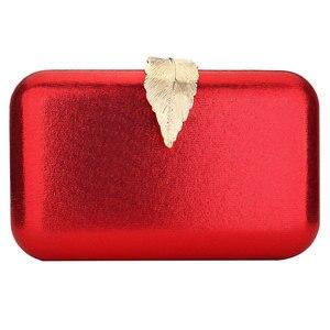 Image 1 - Rot Kupplung Tasche Weihnachten Abend Taschen Für Frauen Pailletten Kette Schulter Tasche Weibliche Party Hochzeit Kupplungen Geldbörse Pochette Femme
