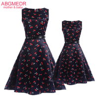 2017 Summer Mother Daughter Matching Dresses Summer Sleeveless Print Clothes Teenage Clothing Family Look Mom And