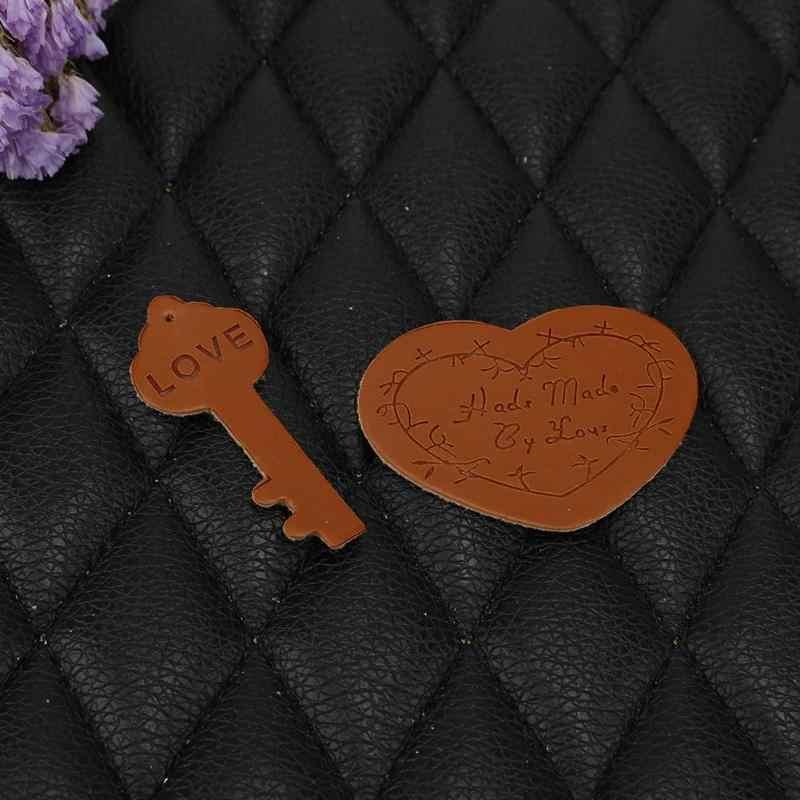 10 PCS Hand Made ป้าย PU Leather Tags เกี่ยวกับเสื้อผ้าป้าย Embossed ป้ายสำหรับเสื้อผ้าเย็บอุปกรณ์เสริมอุปกรณ์