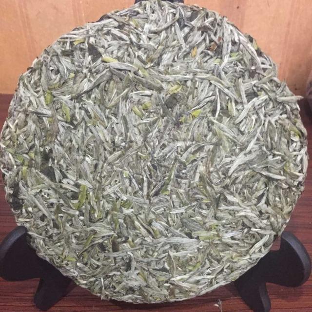 300g/lot White Tea  skin Anti-radiation anti-aging beauty FAT BURNER GREEN health food