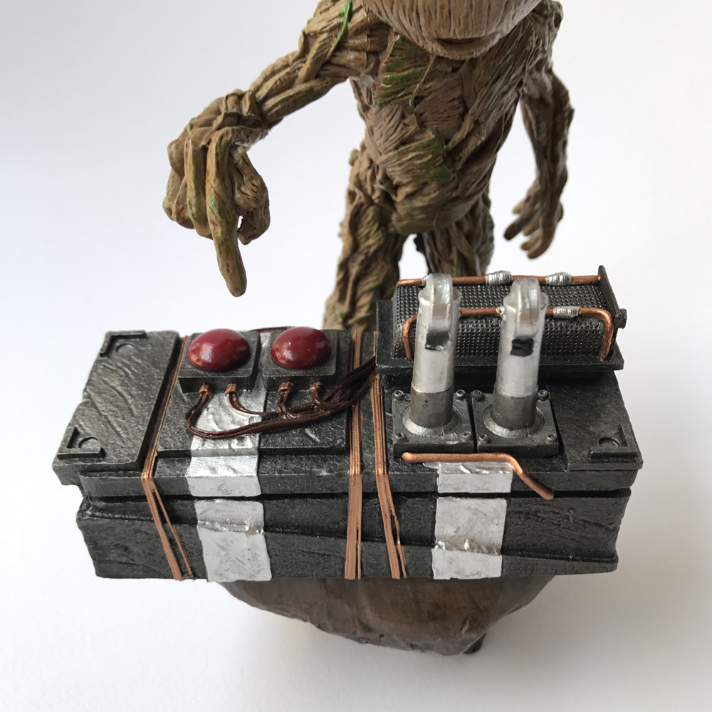 Guardians 2 DJ Baby The Tree Man Statue Action Figure Collectible Model Toy 18cm Free Shipping
