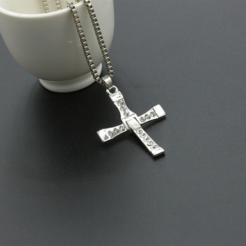 100% High Quality The Fast and the Furious Celebrity Item Crystal Jesus Cross Pendant Necklace for Men Gift Jewelry 4