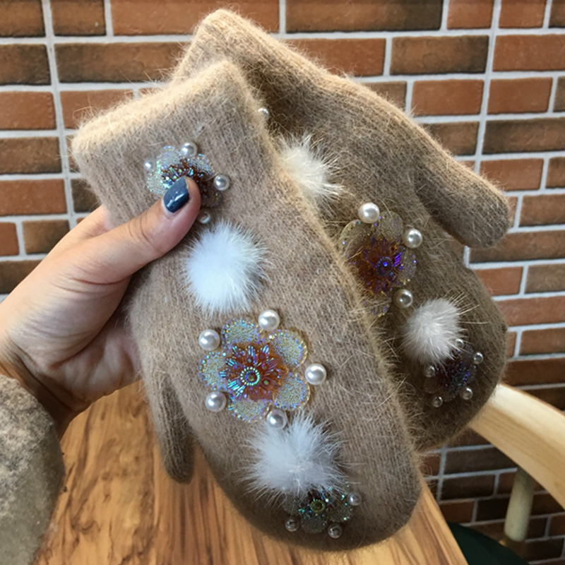 2019 Fashion Women Girls Winter Gloves Pure Color Rhinestones With Pearl  Fur Mittens Soft Warm Double Layer Female Gloves Luvas