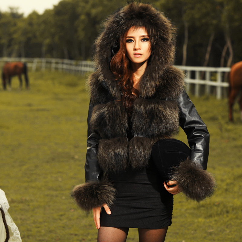 Aliexpress.com : Buy Factory wholesale new Ladies' fur coatNoble