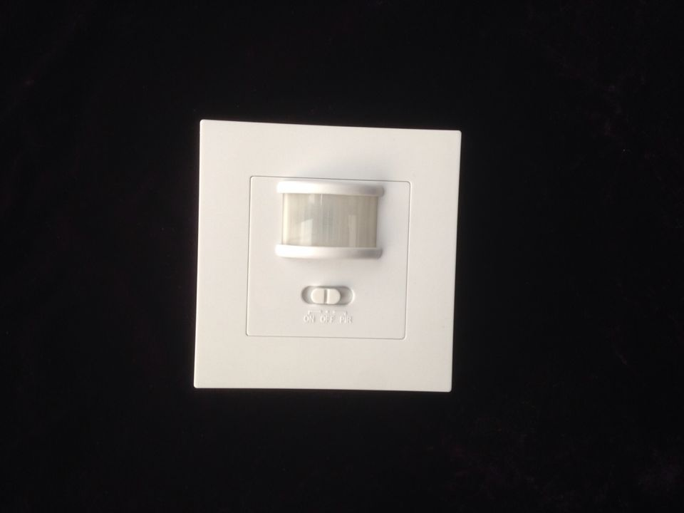 High Quality Auto On/Off Infrared PIR Occupancy Security 110-220v Infrared Motion Sound Sensor Switch Recessed Wall Light CM016 5pcs lot high quality 2 pin snap in on off position snap boat button switch 12v 110v 250v t1405 p0 5