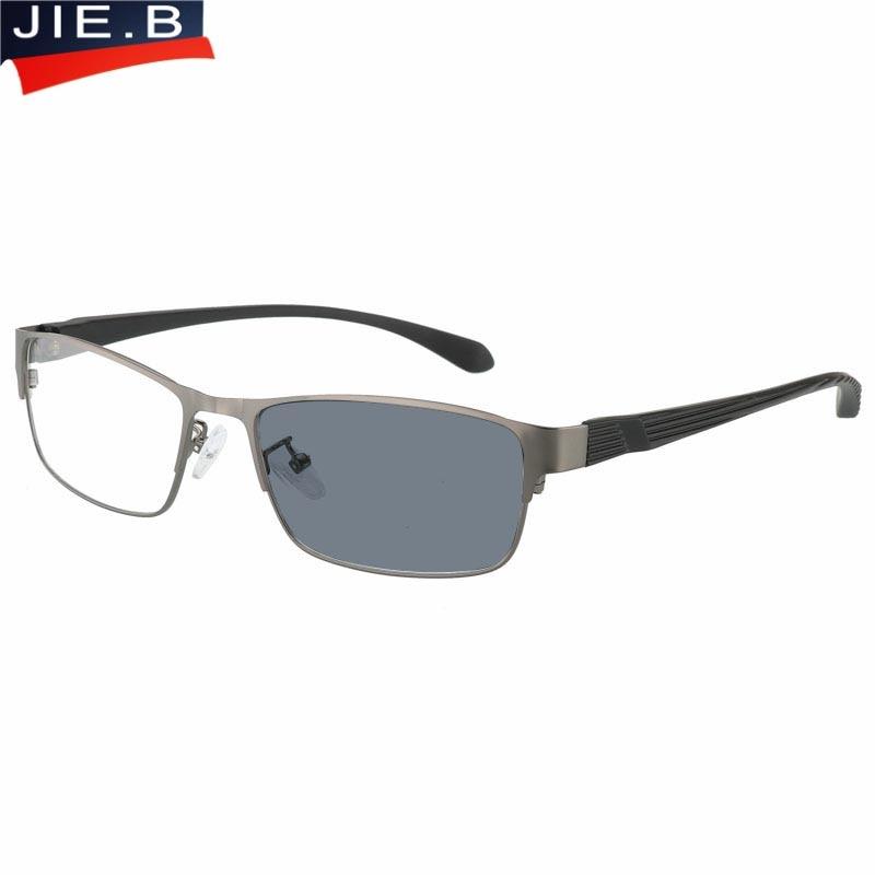 2018 New Design Titanium alloy Outdoor Photochromic Reading Glasses Men Sun Automatic Discoloration Presbyopia Hyperopia Glasse