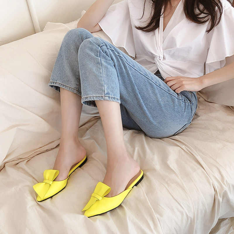 Тапочки с острым носком на плоской подошве и бантом; женская летняя одежда; Baotou; тапочки; Новинка 2019 года; модные сандалии без застежки; женская обувь