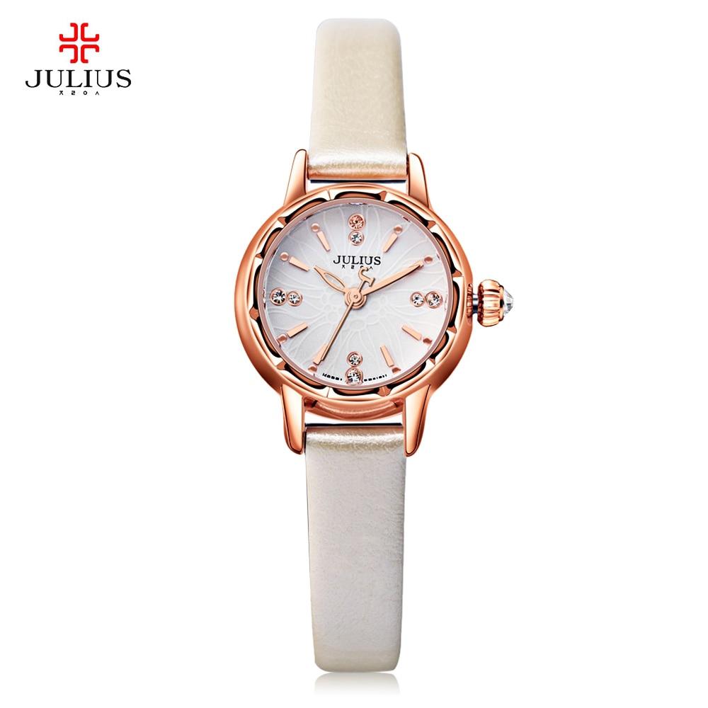 f2784975545 New Julius Simples Pulseira de Relógio de Luxo de Ouro Mulheres Strass  Pétala Senhoras Mostrador do Relógio de Quartzo de Couro Genuíno Montre  Femme em ...