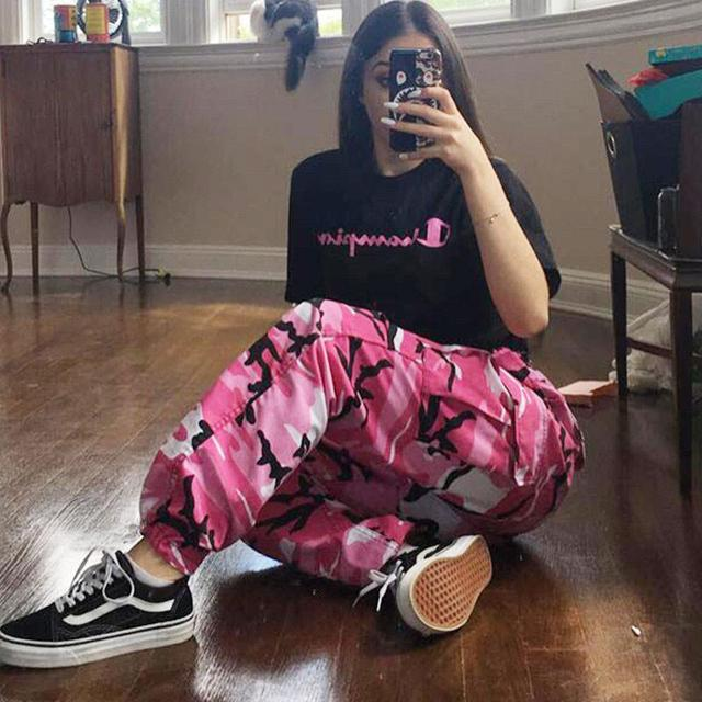 9e4efe9760064 Women Loose Baggy Trousers Fashion 2019 Spring Pink Camouflage Printed  Joggers Sweatpants Pants Hiphop Dance Pants