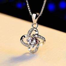 цена на Four Leaf Clover Crystal White Pendant Beautiful Pendant Collar Bone Chain Fashion Jewelry Zircon Grass Eternal Flower Necklace