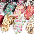 Vestidos de moda Flaco Corbata Para Los Hombres Flor Floral Impreso Corbatas Corbatas Novio Partido Adulto Corbata Corbatas