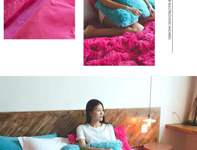Red-Velvet-Mink-Bedding-set-790-02_01