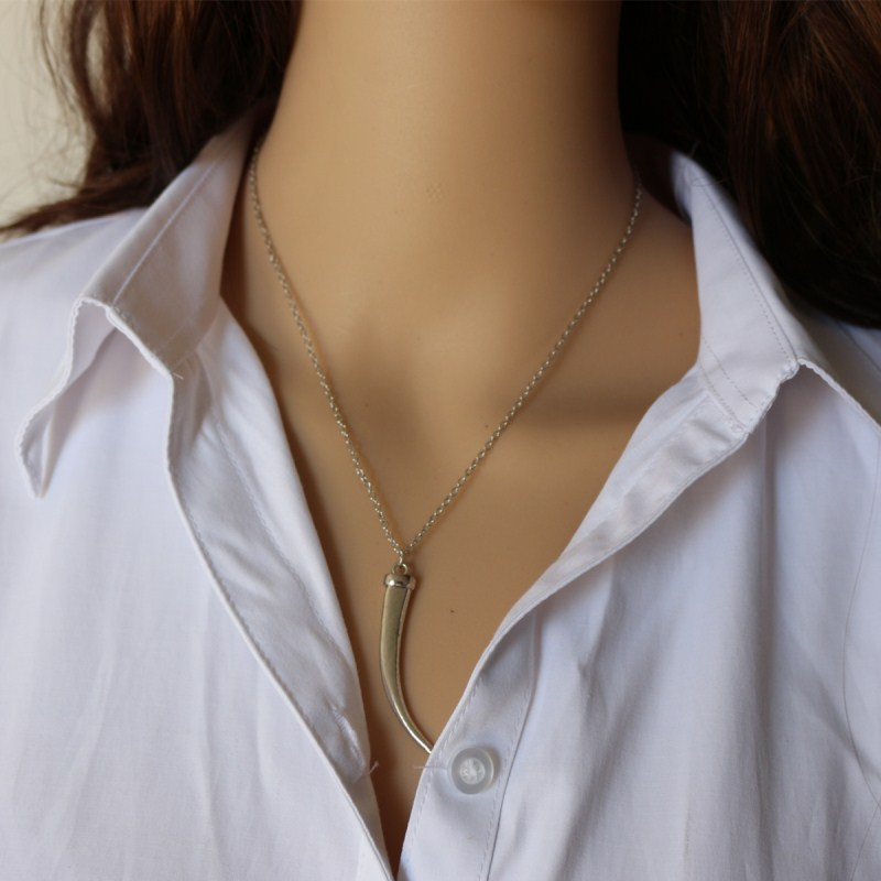 2018-New-Arrival-Horn-Pendant-Necklaces-For-Women-Short-Chain-collar-mujer-Fashion-Jewelry-Bijoux-Trendy