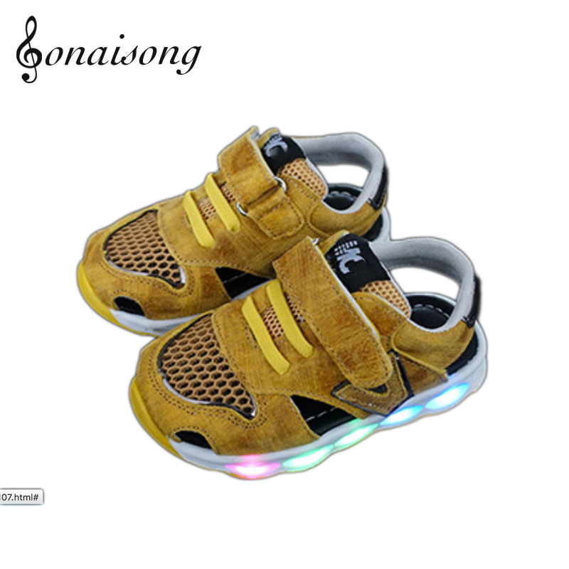 ФОТО 2017  Manufacturers Selling Soft Soled Shoes Breathable Mesh Anti-skid Sports Shoes  Leather glow sneakers  boys Beach sandals