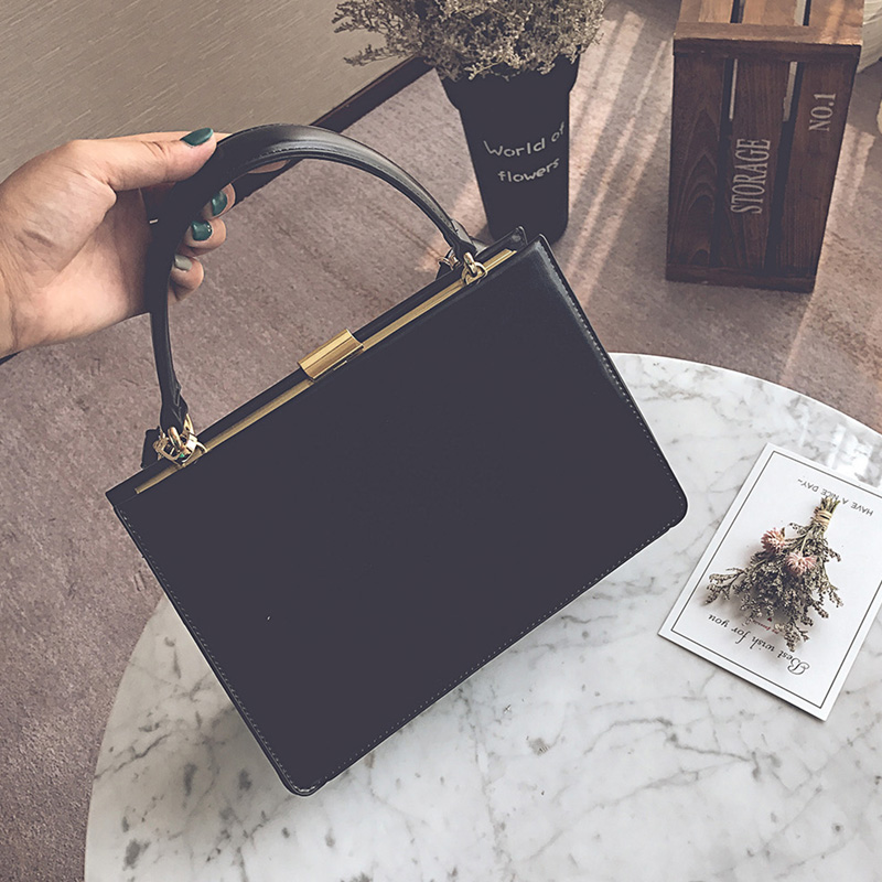 2018 New Frame Women Shoulder Bag Vintage Messenger Bag Retro Metal Buckle Handbag Brown Black PU Leather Tote OL Office Purses metal ring pu leather tote bag