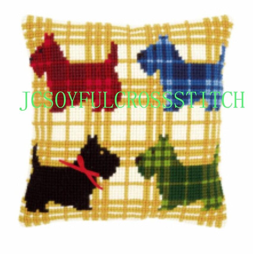 Вышивка крестом подушки с собаками